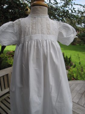 christening-gowns-little-doves-lucy-bodice