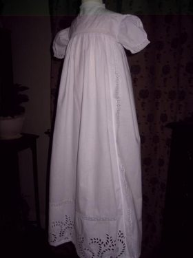 oct_victorian_gowns_041_800x600